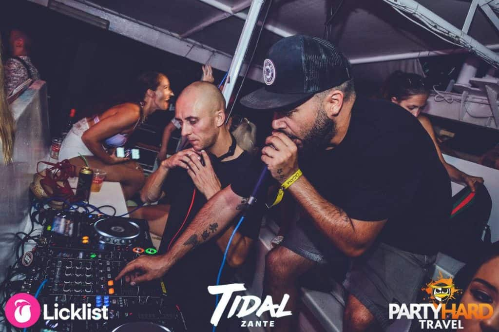 Zante Boat Party: Top international DJ's Mix the banging house tunes