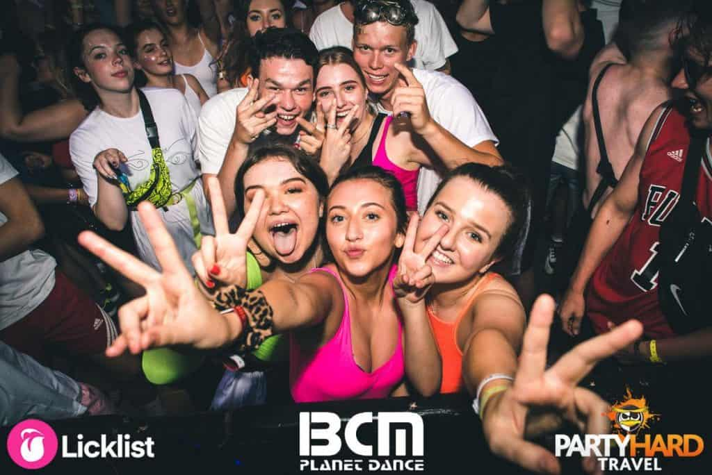 Clubbers going Wild attempting to attract the Celebrity DJ's