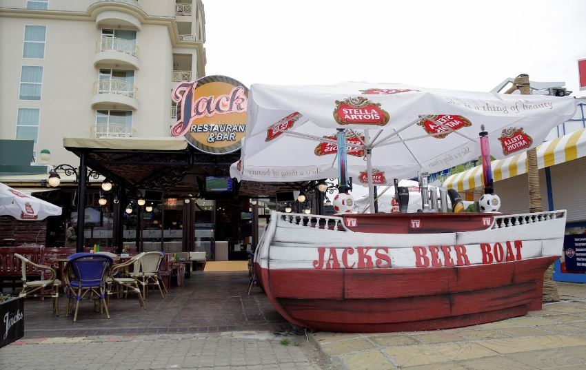 outside jack's bar and restaurant sunny beach